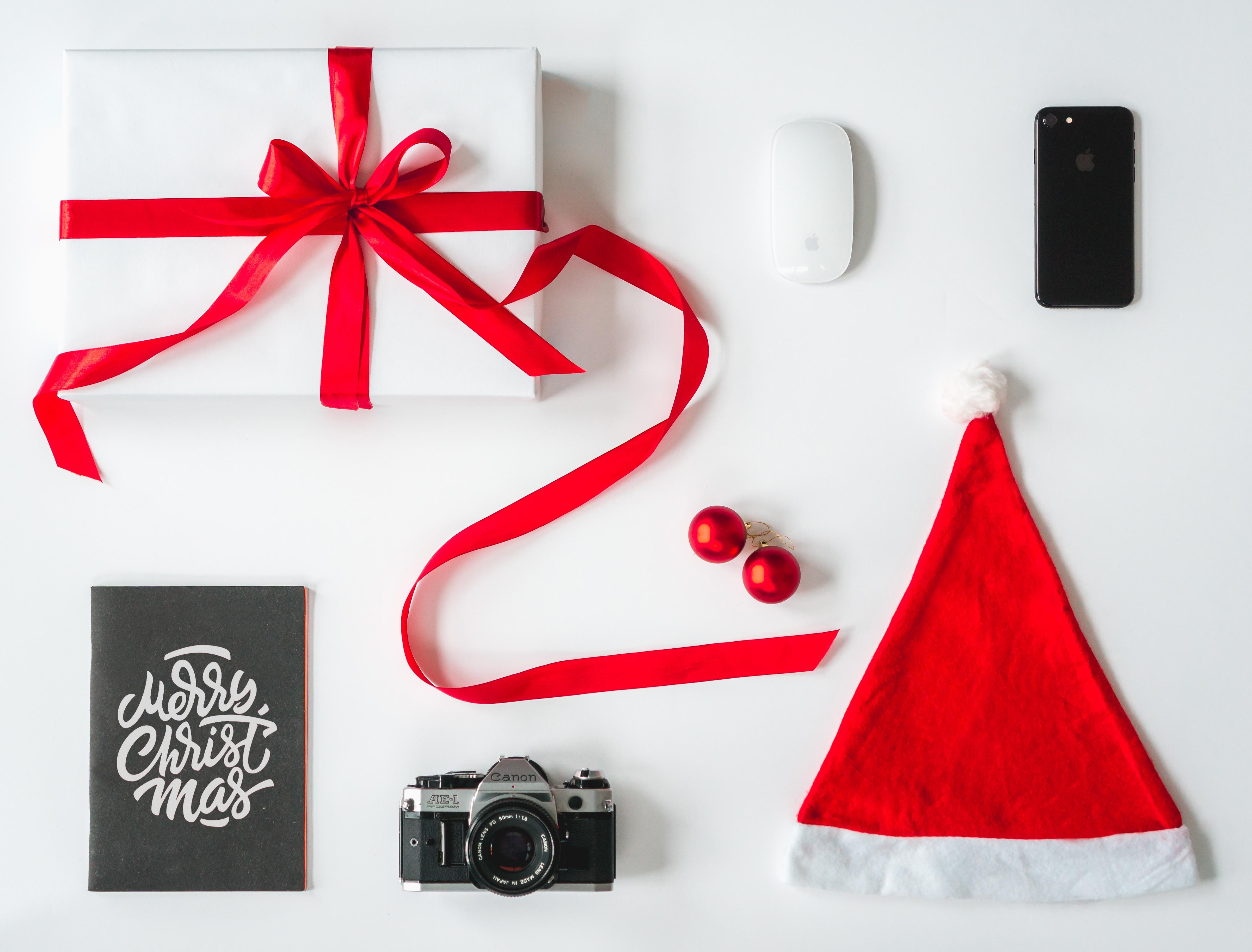 Новогодние подарки гаджеты