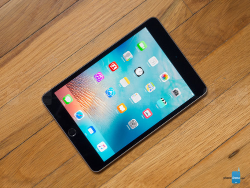 Apple-iPad-mini-4-Review-001